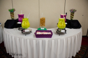 Loving the popcorn bar trend.